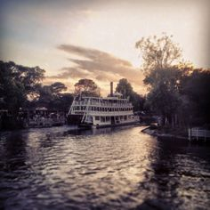 The Liberty Belle making her final run for the day on the Rivers of America in Disney World!