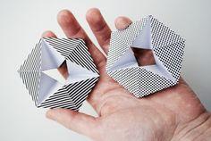 Kaleidocycle - ik herinner me dat ik deze op de middelbare school heb gemaakt. Eerst moesten we de uitslag netjes construeren en daarna hebben we hem in elkaar gezet. Ze bestaan ook in boeken met daarop illustraties van Escher.