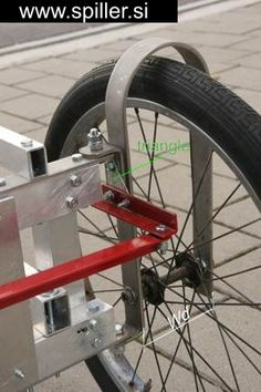 do it yourself bike car - Teo Spiller - Álbumes web de Picasa Bike Chopper, Soap Box Cars, Three Wheel Bicycle, Char A Voile, Bike Cart, Diy Go Kart, Solar Car, Bike Trailer, Motorized Bicycle