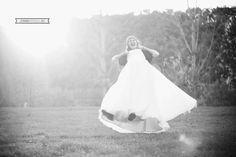 Iubito, am prins Fericirea // Sedinta foto dupa nunta// Trash the dress // Snagov // Romania | Joben Studio-Fotoreportaj de nunta. Povesti intense cu 1 dram de magie