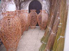 woven vases by basketmaker Vladimir Dvorak | woven - baskets vases urns - garden sculpture