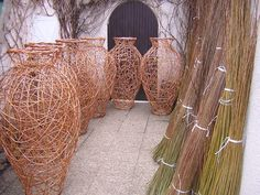 woven vases by basketmaker Vladimir Dvorak | woven - baskets vases urns - garden sculpture