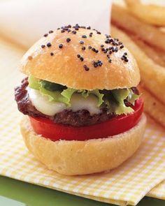 Late-Night Snack Recipes for Weddings: Bite-Size Cheeseburgers   Click for recipe!