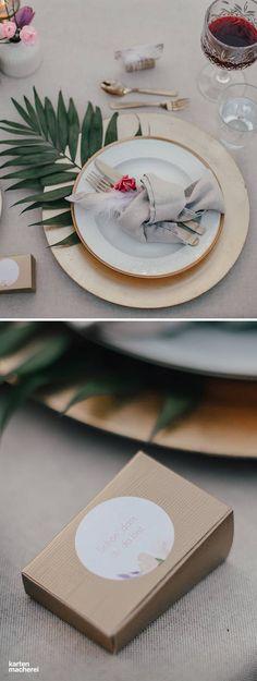 Eine Hochzeit im Gewächshaus? Warum nicht? Entdeckt hier, wie ihr mit einer einzigartigen Location und Dekoration eine tolle Atmosphäre schafft.
