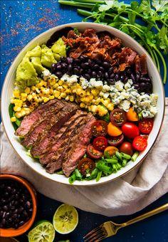 Spicy Cobb Salad with Cajun Grilled Steak salad salad salad recipes grillen rezepte zum grillen Cobb Salad, Paleo Brownies, Clean Eating, Healthy Eating, Dinner Healthy, Dinner Salads, Cooking Recipes, Healthy Recipes, Healthy Meals