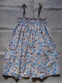 smocks : ze Tuto ! - petits bonheurs... Smock Dress, Smocking, Paisley, Skirts, Smocked Dresses, Sewing Ideas, Tote Bags, Diy Gifts, Baby