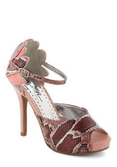 Serpentine Idol Heel. Get ready to pose for the camera and sign some autographs - these haute heels have everyone starstruck! #pink #modcloth