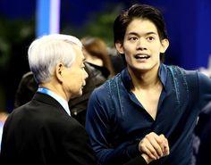 得点は伸びなかったものの何かをやり遂げたような表情の小塚崇彦。左は佐藤コーチ  (500×394) 「小塚12位、進退悩む…無良16位「プレッシャー感じた」」 http://www.sponichi.co.jp/sports/news/2015/03/29/kiji/K20150329010072990.html