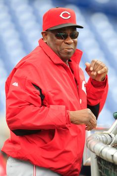 Dusty Baker, Cincinnati Reds....sorry to see you go Dusty.....wish you luck in finding another team to coach....