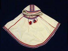Stilig samisk Luhkka eller mer presist kalt Láđđeluhkka til menn. Produsent er Risten-Márja M. Folk Costume, Costumes, Viking Clothing, Folk Clothing, Cool Gear, Traditional Dresses, Women's Fashion Dresses, Norway, Samara