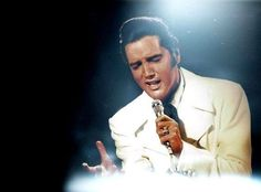 Elvis Presley performing 'If I Can Dream' during filming of the NBC-TV Special in 1968 Pulp Fiction, Elvis Tattoo, Elvis 68 Comeback Special, If I Can Dream, Elvis Presley Pictures, Nbc Tv, Priscilla Presley, My Dream Came True, Costume