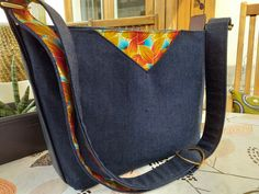 Sac Mambo, imprimé du Gabon, jeans et simili cousu par Catherine - Patron Sacôtin