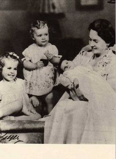 Princess Sibylla of Sweden with three of her four daughters (or three of five children), Princess Margaretha, Princess Birgitta and Princess Desiree of Sweden. 1938.