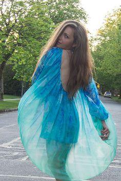 I've Got Sunshine ☀️ | Style and Travel Blogger - Open back flowy dress
