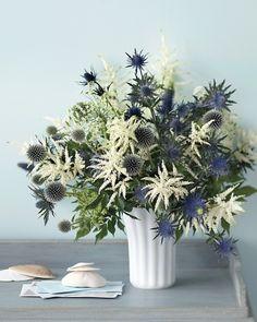 Fourth of July Flowers - simple display that mimics a firework display. Wonderful!