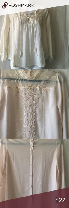 """FOREVER 21 IVORY TOP,  Size XS FOREVER 21 Contemporary top, size XS.  Purely romantic dress up or down top.  EUC 17"""" chest 24 length 23"""" sleeve Guessing poly.  Tag cut out Forever 21 Tops Blouses"""