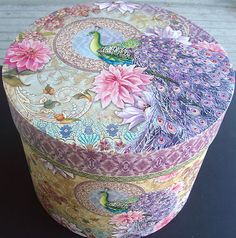 pUNCH sTUDIO Lavender Peacock X-Lg Round Tall Hat Keepsake Decorative Box Vintage Hat Boxes, Peacock Art, Peacock Bedroom, Arte Country, Decoupage Box, Pretty Box, Altered Boxes, Painted Boxes, Craft Box