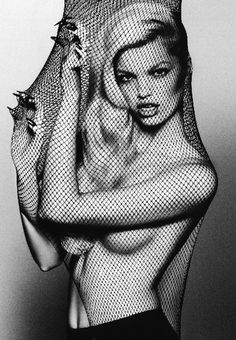 Daphne Groeneveld photogaphed by Txema Yeste for Antidote Magazine : The Animal Issue Fall/Winter 2012