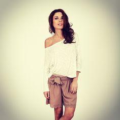 Look du jour!   Retrouvez toute notre collection sur le site >   www.comptoirdesparisiennes.com  #look #fashion #tendance #mode #vetement #short #summer #holidays #work #paris #model #comptoirdesparisiennes