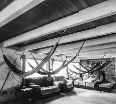Living Room Hammock, Funky Furniture, Hammocks, Home Projects, Families, Sweet Home, Home Decor, Decoration Home, Hammock Chair