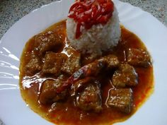 Vepřové maso na uzené paprice Stew, Meat, Ethnic Recipes, Food, Red Peppers, Essen, Meals, Yemek, Eten