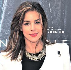 Tiffany Dupont Hairstyle