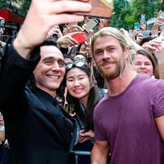Tom Hiddleston and Chris Hemsworth on the set of Thor: Ragnarok in Brisbane