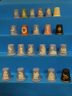 Colección completa Christmas Wedgwood. Jasperware. Inglaterra. Thimble-Dedal-Fingerhut. Thimble, Wedgwood, Hand Sewing, Goodies, Couture, Christmas, Collection, England, Sweet Like Candy