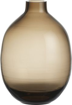 Refined curves nuance brown ombre shadings in clear handcrafted glass.