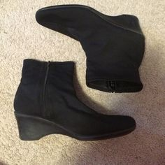 Black boots Super cute and comfy. Looks great with any outfit. Zips up on the side. Slight heel Soft style Shoes Ankle Boots & Booties