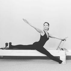 pilates poses Adding this between reps of with straight front into provides an incredible as as this is one of my absolute favourite stretches on the I used one red spring Original article and pictures take site Pilates Training, Pilates Workout, Pilates Body, Pilates Reformer Exercises, Stretching Exercises, Fitness Pilates, Pilates Studio, Kick Boxing, Pilates Poses