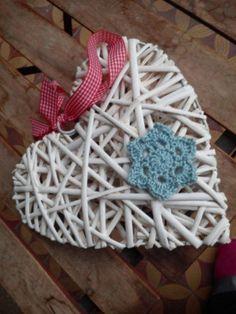 Karácsonyi csillagok 1. rész – Horgolt csillag képpel, leírással | Türkiz Műhely Knit Crochet, Crochet Earrings, Arts And Crafts, Knitting, Tricot, Craft Items, Cast On Knitting, Crochet, Stricken