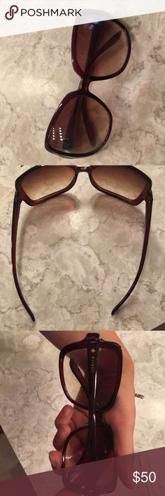 Shop Women's Fossil size OS Sunglasses at a discounted price at Poshmark. Sunglasses Accessories, Sunglasses Women, Fashion Tips, Fashion Design, Fashion Trends, Fossil, Sandals, Heels, Vintage