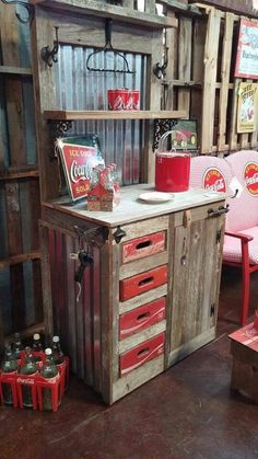 Awesome bench made from Coke crates, corrugated tin and reclaimed wood. Repurposed Furniture, Rustic Furniture, Painted Furniture, Diy Furniture, Cool Woodworking Projects, Wood Projects, Coke Crate Ideas, Coca Cola Decor, Coca Cola Kitchen