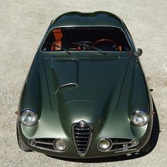 1955 Alfa Romeo 1900C SS - the green color and the air intake/bulge on the bonnet #alfaromeozagato