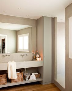 Amazing And Gorgeous Bathroom Decoration Ideas You Must Love; Beautiful Small Bathrooms, Big Bathrooms, Bathroom Shower Doors, Bathtub Shower, Bathroom Storage Shelves, Simple Bathroom, Bathroom Ideas, House Made, Bathroom Renovations