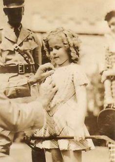 Shirley Temple on vacation in Hawaii, 1935.