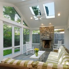 Traditional Porch Design, Pictures, Remodel, Decor and Ideas - Patio Outdoor Rooms, Outdoor Living, Outdoor Kitchens, Outdoor Patios, Outdoor Decor, Screened Porch Designs, Screened Porches, Back Porch Designs, Covered Porches