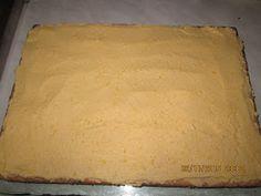 Prajituri de casa: Prajitura cu mere si crema de vanilie Deserts, Dairy, Bread, Cheese, Cooking, Sweets, Kitchen, Brot, Postres