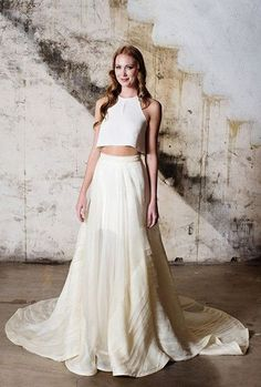8c5c9749942e The Latest Wedding Trend  44 Crop Top Bridal Outfits. Svadobné ŠtýlySvadobné  ŠatyŠaty ...