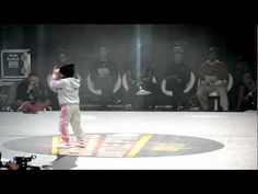 Watch this 6 year old girl crush her competition!  Love the attitude. :-) CHELLES BATTLE Pro 2013 Baby Battle 1vs1