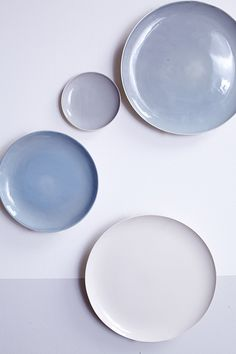 Shell Bisque Salad Plate in Grey