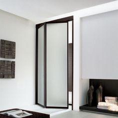 zweiteiliger Falttür aus Glas für begehbaren Kleiderschrank ...