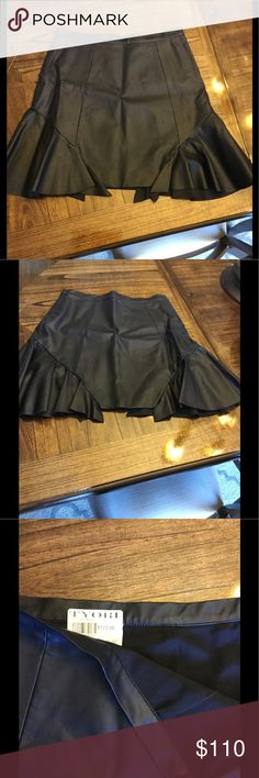 Leather skirt BRAND NEW. NEVER WORN Leather skirt from high end boutique in Buffalo NY. PAID $172.00 plus tax for this skirt. It's too big for me 😏 madison marcus  Skirts Mini