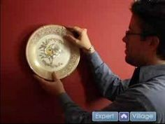 How to hang plates on walls