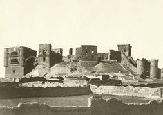Castillo de Benavente, Zamora - Spain  Today only remaining the left tower.