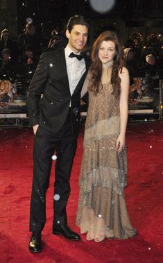 "Georgie Henley and Ben Barnes Photo - Premiere of ""The Chronicles of Narnia: The Voyage of the Dawn Treader"""