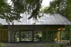 Google Afbeeldingen resultaat voor http://thelateststory.nl/wp-content/uploads/2009/11/Villa-Schipper-de-leeuw.jpeg.jpg