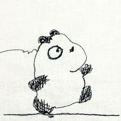 【一日一大熊猫】2016.9.27 自転車ならどこまでもいける気がするけど 歩くとなるとまた別。 近所を歩いただけでかなりの疲労感が。 怠けてるって理由で基本動作が困難になるとは。。。 #パンダ #panda