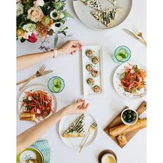 Want to host a gourmet looking brunch without too much hassle? We've teamed up with our friend Rachel of @supperatsix to bring you 4 simple spring recipes that will majorly impress your guests. ✨Recipes in the link in our bio. ✨  by @emthegem